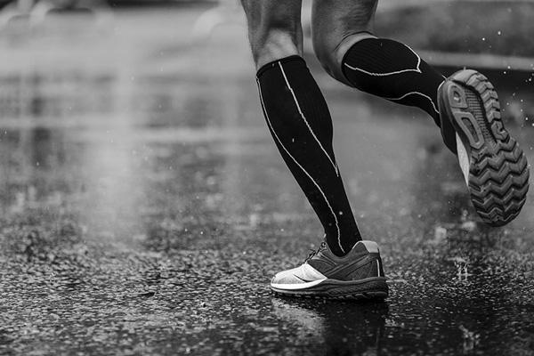 sportif jogger avec semelles orthopediques